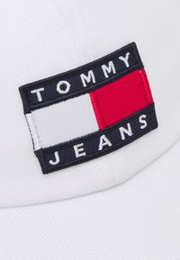 Tommy Jeans - HERITAGE UNISEX - Cap - white - 4