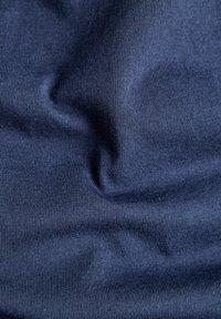 G-Star - STITCH DETAIL POCKET - T-shirt basic - warm sartho - 5