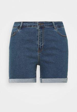 VMHOT SEVEN FOLD MIX  - Shorts di jeans - medium blue
