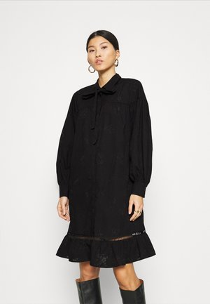 FQRHIAN BURNOUT - Shirt dress - black