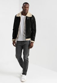 Gipsy - AIR FORCE - Leather jacket - schwarz/beige - 1
