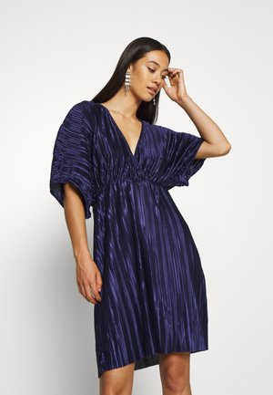 PLEATED KIMONO DRESS - Cocktail dress / Party dress - navy