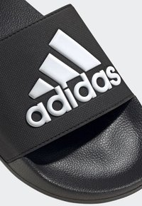 adidas Performance - ADILETTE SHOWER SLIDES - Badesandale - black - 6