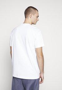 Napapijri The Tribe - SOX  - Print T-shirt - bright white - 2