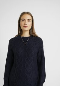 Dorothy Perkins Maternity - CABLE - Sweter - navy - 3