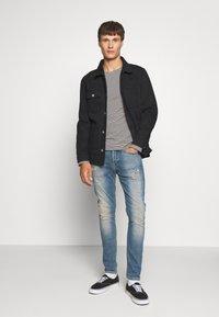 Denham - BOLT - Slim fit jeans - bue denim - 1