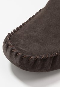 Barbour - MONTY - Slippers - brown - 5