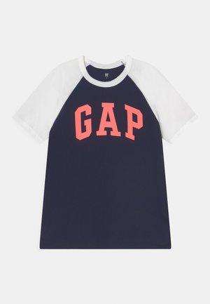 BOYS LOGO - T-shirt con stampa - optic white