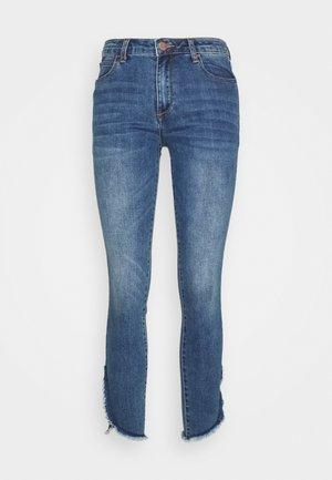 CAROLYNE MODERN PANTS - Oprijete (skinny) kavbojke - fashion denim