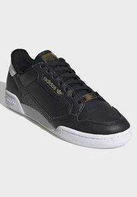 adidas Originals - CONTINENTAL 80 SHOES - Trainers - black - 3