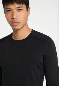 Icebreaker - MENS CREWE - Sports shirt - black - 5