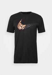Nike Performance - LEG TEE - T-shirt print - black - 4