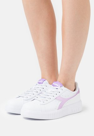 GAME STEP - Sneakers laag - violet orchid