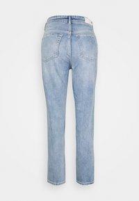 Marc O'Polo DENIM - MAJA - Jeans Tapered Fit - multi/90s vintage light blue - 1