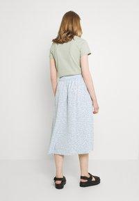 Monki - SIGRID BUTTON SKIRT - A-line skirt - blue dusty light - 0