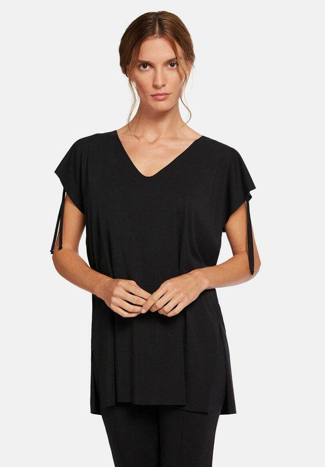 AURORA - T-shirt con stampa - black