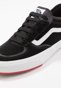 Vans - ROWLEY - Skate shoes - black/red - 6