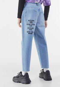 Bershka - Jeans Tapered Fit - blue denim - 2