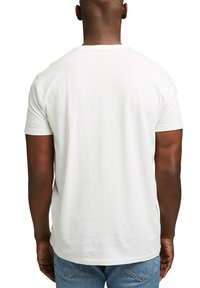 Esprit - ARTWORK - Print T-shirt - off white - 2