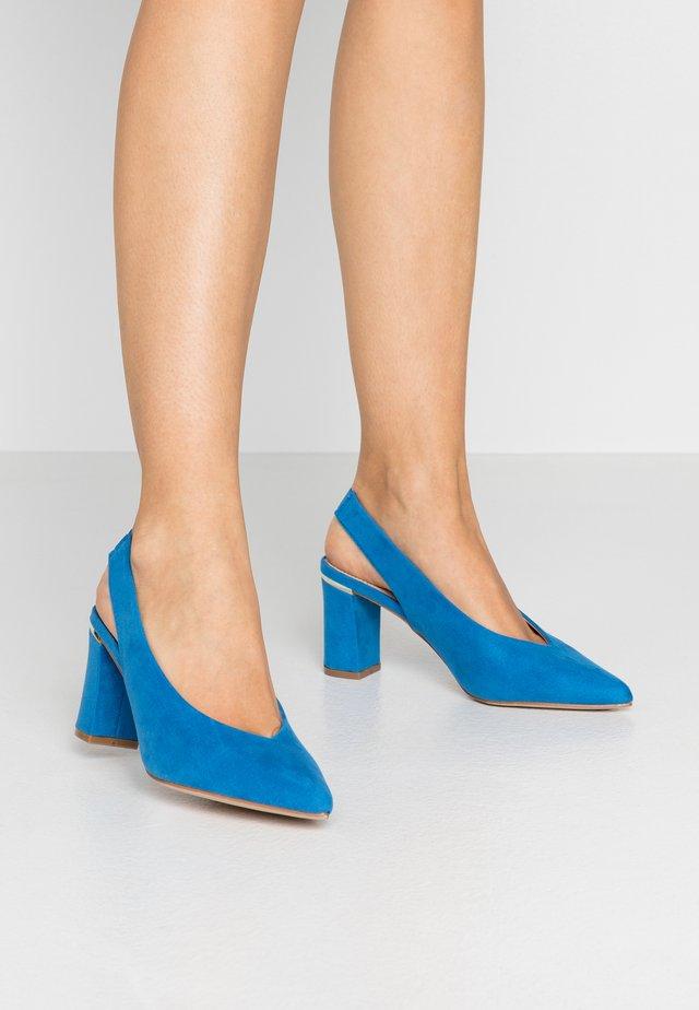 EMILY BLOCK HEEL SLINGBACK COURT - Escarpins - blue