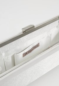 Anna Field - Clutches - white - 4