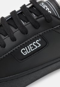 Guess - MIMA SMART - Trainers - black - 5