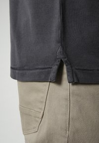 Napapijri - ELBAS - Polo shirt - dark grey solid - 4