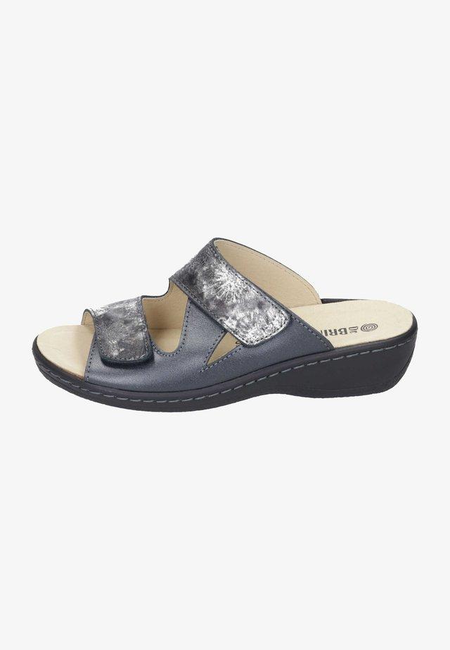 Slippers - silber/schwarz