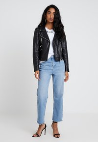 Vero Moda - VMDREAM SHORT JACKET - Skinnjakke - black/cafe au lait lining - 1
