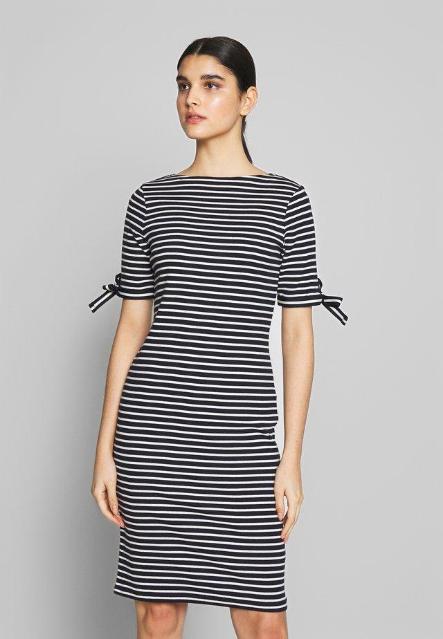 CLASSIC - Pletené šaty - navy/masca