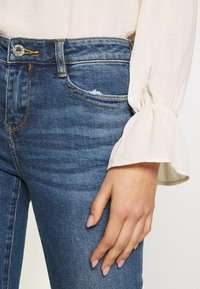 Miss Sixty - MY MAGIC CROPPED - Jeans Skinny Fit - light blue - 3