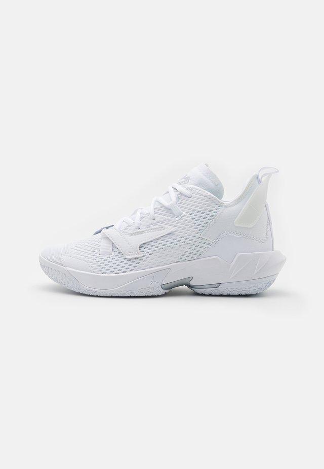 WHY NOT ZER0.4 - Obuwie do koszykówki - white/metallic silver
