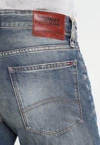 Tommy Jeans - ORIGINAL RYAN PEB - Džíny Straight Fit - penrose blue - 4
