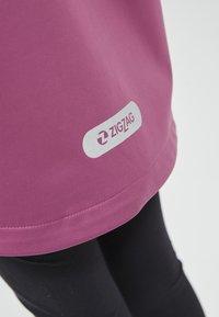 ZIGZAG - Waterproof jacket - 4140 damson - 4
