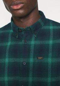 Lee - BUTTON DOWN - Shirt - pine - 3