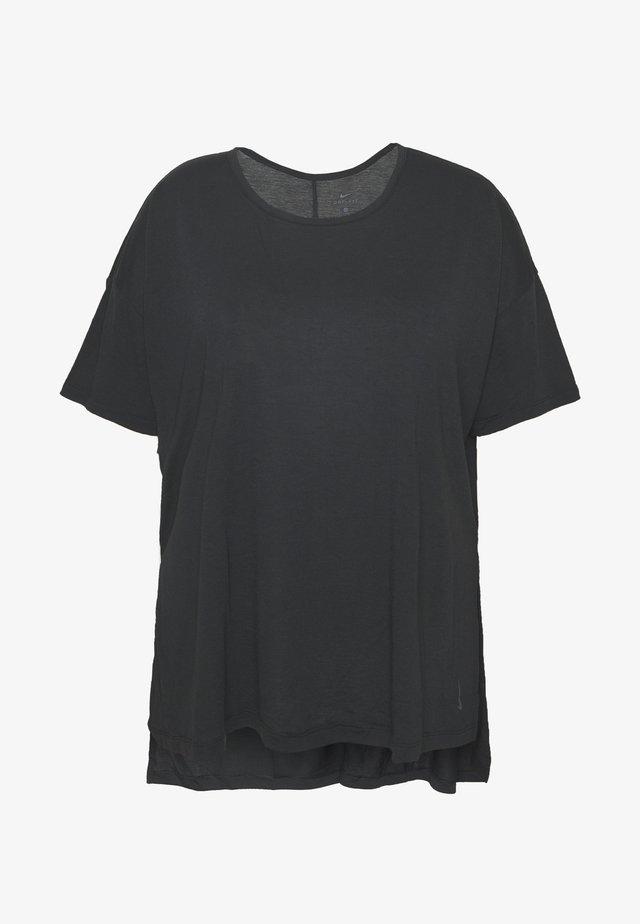 YOGA LAYER PLUS - Basic T-shirt - black/ smoke grey