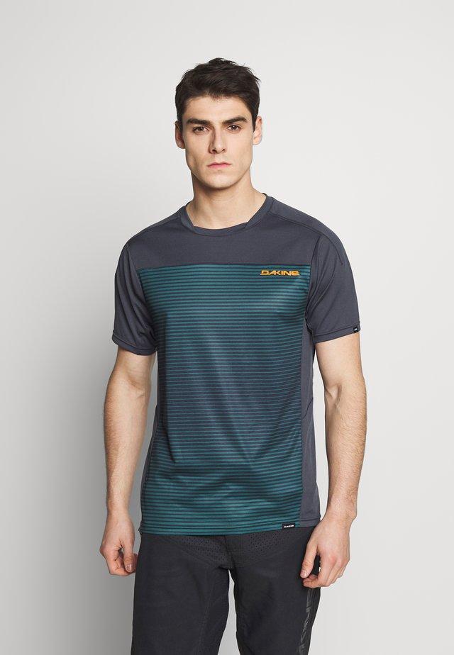 SYNCLINE - T-shirt z nadrukiem - slate blue stripe