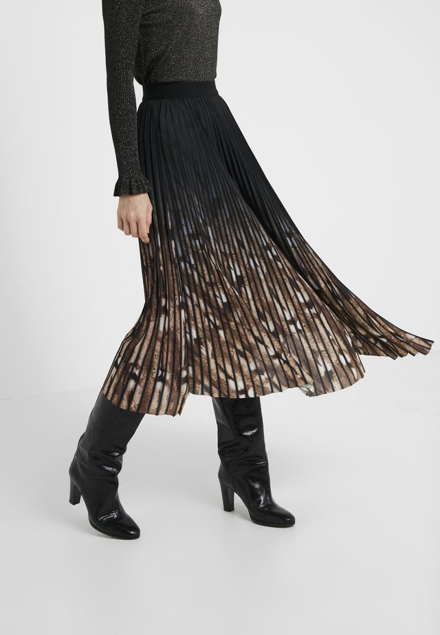 PIZA - Pleated skirt - black