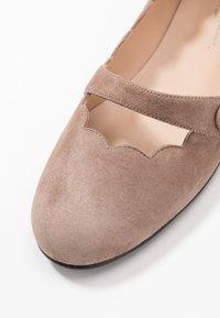 Brenda Zaro - CARLA - Ankle strap ballet pumps - taupe - 2