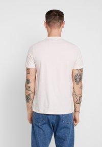 Topman - 7 PACK - Basic T-shirt - grey/white/ red - 3