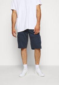 Jack´s Sportswear - CARGO KNICKERS WITH BELT - Shorts - dunkelblau - 3