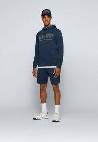 BOSS - HEADLO - Shorts - dark blue - 1