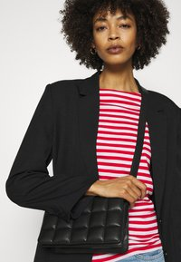 Esprit - COO TEE - Long sleeved top - red - 3