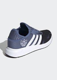 adidas Originals - Trainers - blue - 3