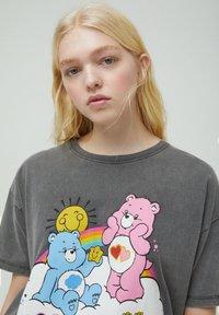 PULL&BEAR - Print T-shirt - mottled dark grey - 3