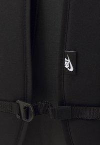 Nike Sportswear - HAYWARD AIR UNISEX - Rucksack - black/anthracite/white - 3
