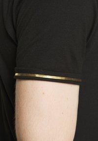 Brave Soul - KING - Print T-shirt - jet black/gold foil/white - 5