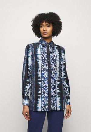 BLOUSE - Camicia - fantasy blue