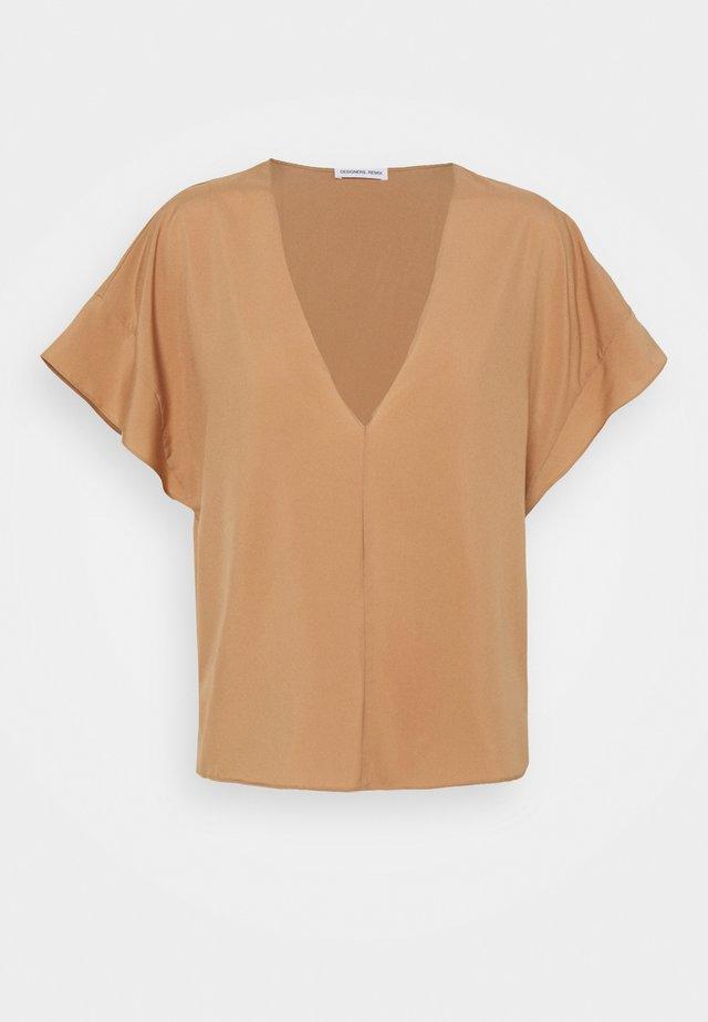 VALERIE - Bluse - camel