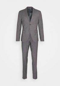 Isaac Dewhirst - BOLD STRIPE SUIT - Oblek - grey - 11